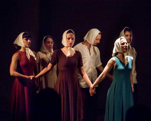 10. Madres, las lunas de Júpiter Gaby Fabro CABA - Teatro Argentino