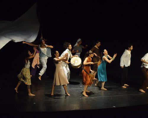 13. Madres, las lunas de Júpiter Gaby Fabro CABA - Teatro Argentino