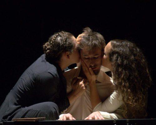 2. Arévalos - Teatro Argentino